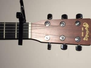 what's the use of the guitar capo